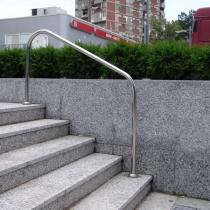 Парапет за обществени пространства